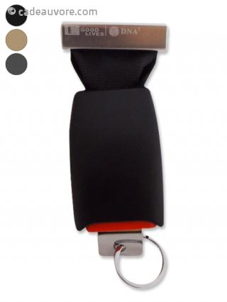 porte clefs mural facon boucle de ceinture de s curit. Black Bedroom Furniture Sets. Home Design Ideas