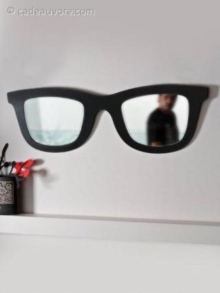 Miroir en forme de lunettes de soleil - Miroir en forme de lunette ...
